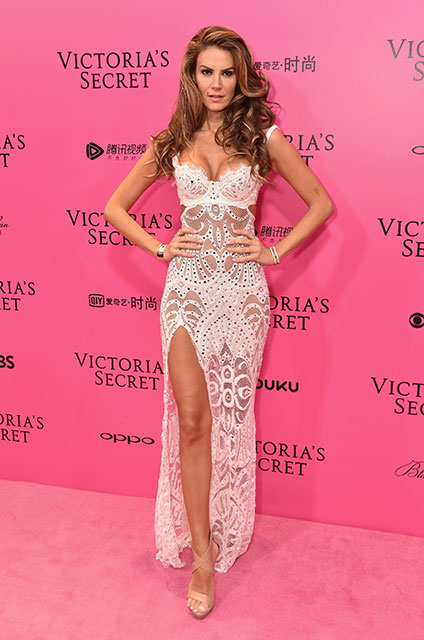 Victoria's Secret Fashion Show 2017: Pembe halı