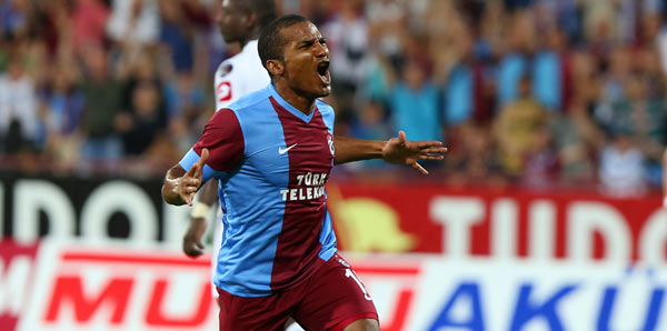 Ex Chelsea man Florent Malouda bags a golazo winner on his Turkish debut